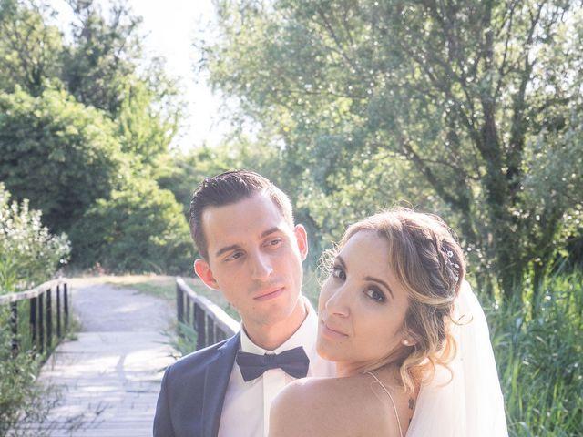 Le mariage de Romain et Samia à Nîmes, Gard 21
