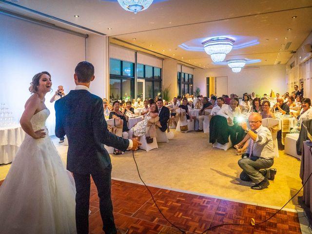 Le mariage de Romain et Samia à Nîmes, Gard 25