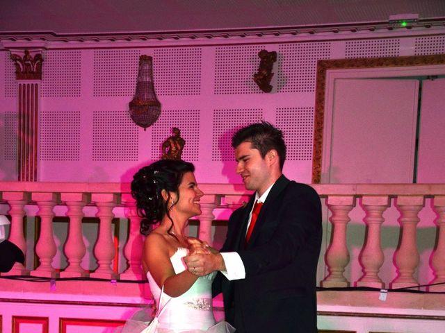 Le mariage de Caroline et Damascène à Fleurie, Rhône 26