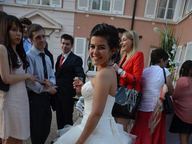 Le mariage de Caroline et Damascène à Fleurie, Rhône 27