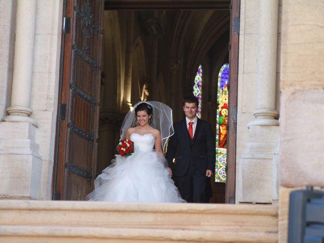 Le mariage de Caroline et Damascène à Fleurie, Rhône 6