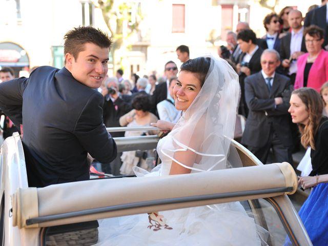 Le mariage de Caroline et Damascène à Fleurie, Rhône 9