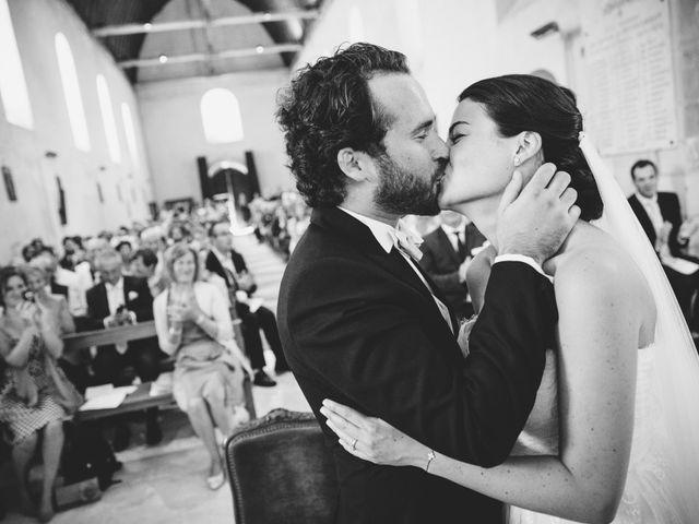 Le mariage de Antoine et Julie à Tours, Indre-et-Loire 13