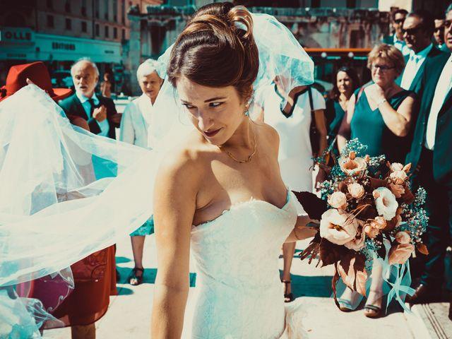 Le mariage de Nicolas et Nicole à Nîmes, Gard 21