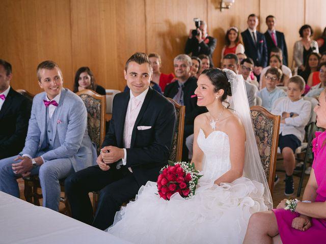 Le mariage de Mathieu et Laura à Luynes, Indre-et-Loire 7