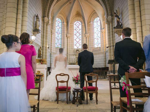 Le mariage de Mathieu et Laura à Luynes, Indre-et-Loire 14