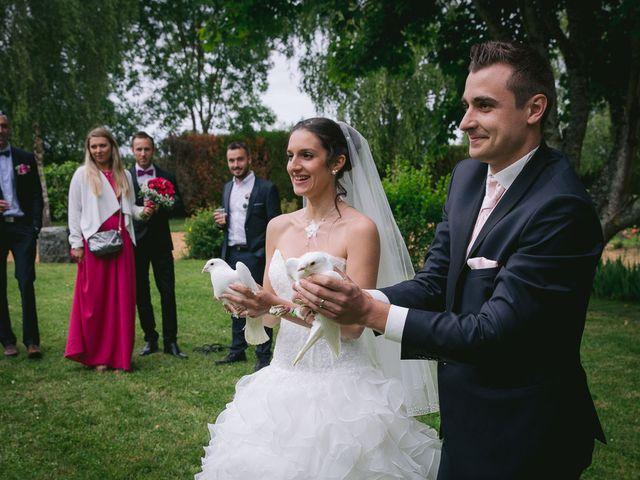 Le mariage de Mathieu et Laura à Luynes, Indre-et-Loire 29