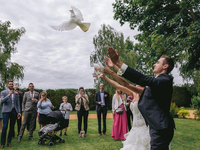Le mariage de Mathieu et Laura à Luynes, Indre-et-Loire 30