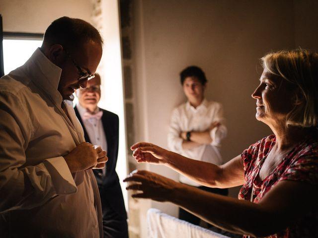 Le mariage de Basil et Lisa à Poët-Célard, Drôme 10