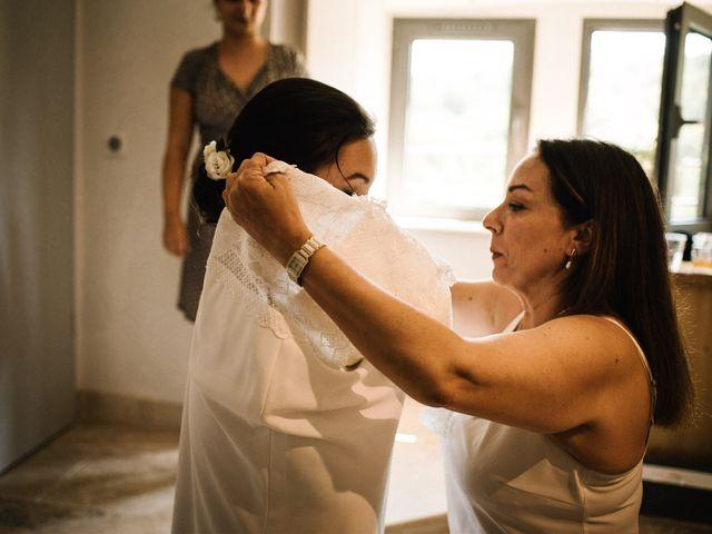 Le mariage de Basil et Lisa à Poët-Célard, Drôme 24