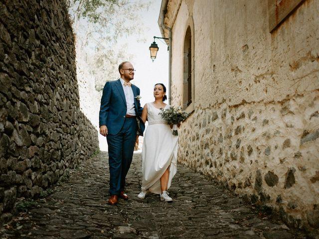 Le mariage de Basil et Lisa à Poët-Célard, Drôme 31