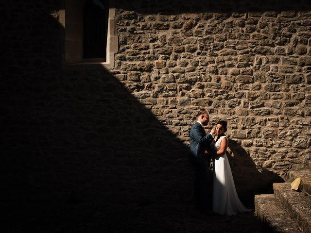 Le mariage de Basil et Lisa à Poët-Célard, Drôme 47