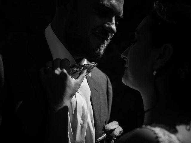 Le mariage de Basil et Lisa à Poët-Célard, Drôme 58