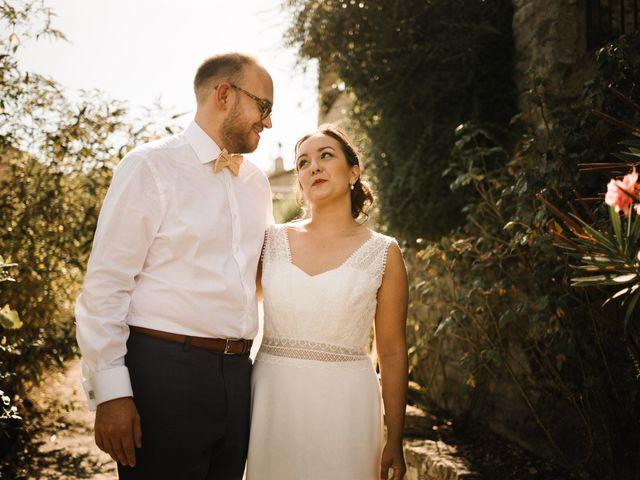 Le mariage de Basil et Lisa à Poët-Célard, Drôme 68