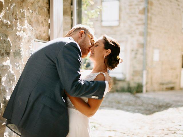Le mariage de Basil et Lisa à Poët-Célard, Drôme 71