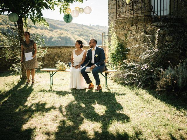 Le mariage de Basil et Lisa à Poët-Célard, Drôme 79