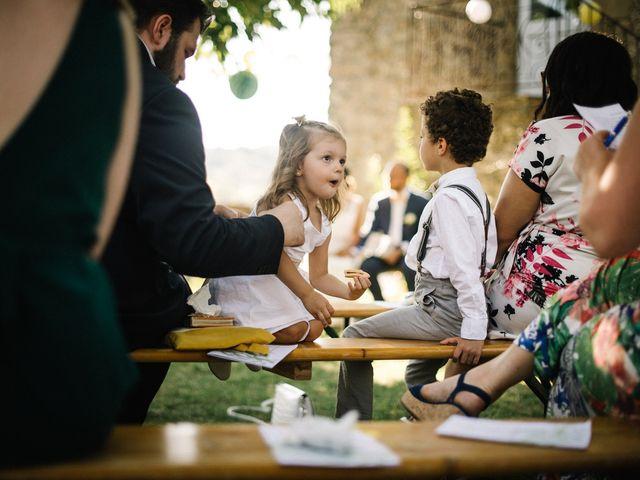 Le mariage de Basil et Lisa à Poët-Célard, Drôme 80