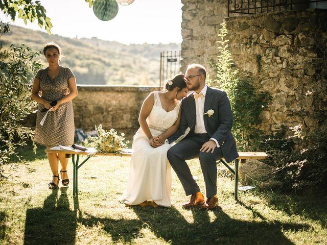 Le mariage de Basil et Lisa à Poët-Célard, Drôme 82