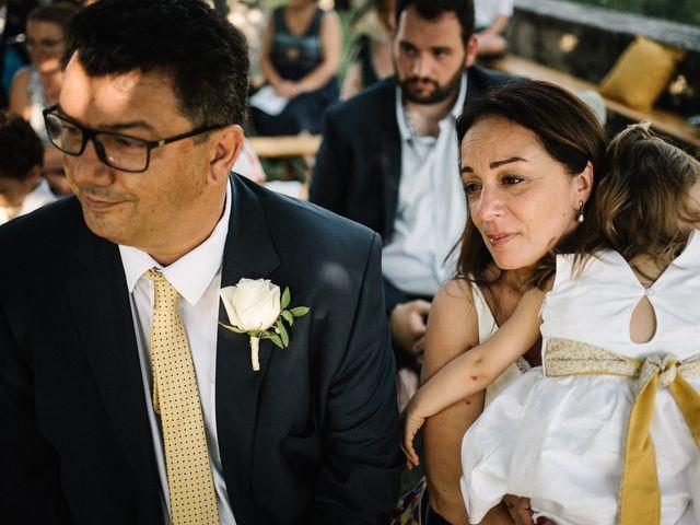 Le mariage de Basil et Lisa à Poët-Célard, Drôme 84