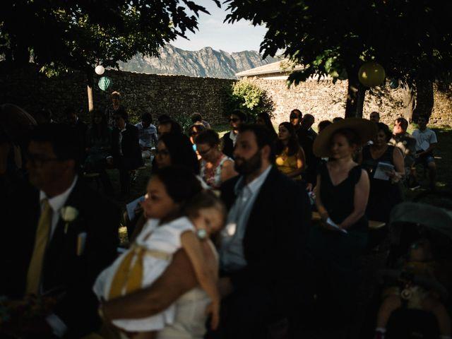 Le mariage de Basil et Lisa à Poët-Célard, Drôme 87