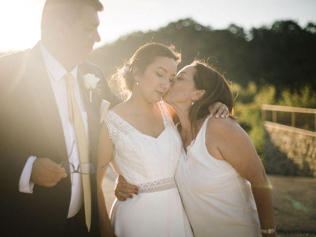 Le mariage de Basil et Lisa à Poët-Célard, Drôme 93