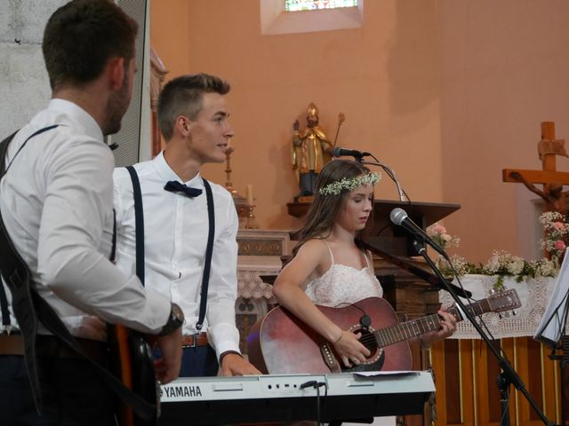 Le mariage de Kévin et Marine à Marlens, Haute-Savoie 37