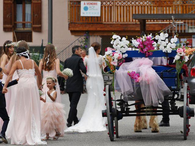 Le mariage de Kévin et Marine à Marlens, Haute-Savoie 19