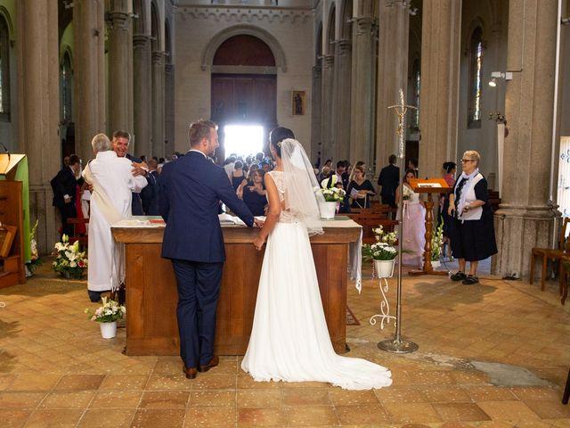 Le mariage de Frédéric et Pauline à Saint-Jean-d'Ardières, Rhône 25
