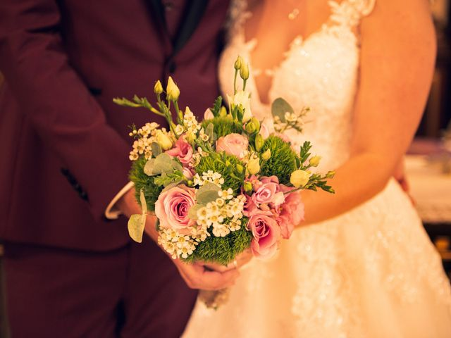 Le mariage de Sébastien et Stéphanie à Lupstein, Bas Rhin 9