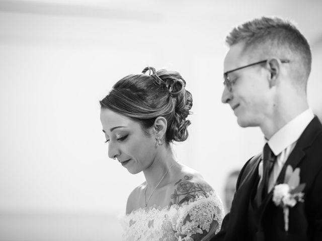 Le mariage de Alexandre et Marie-Ange à Granges-le-Bourg, Haute-Saône 15