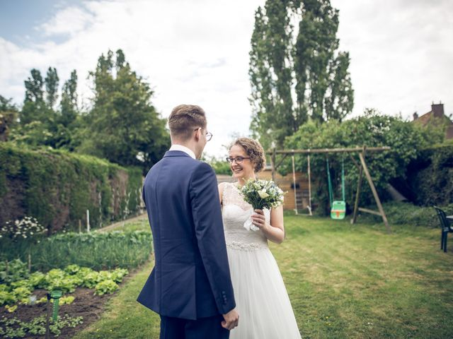 Le mariage de Ben et Clotilde à Steenwerck, Nord 16