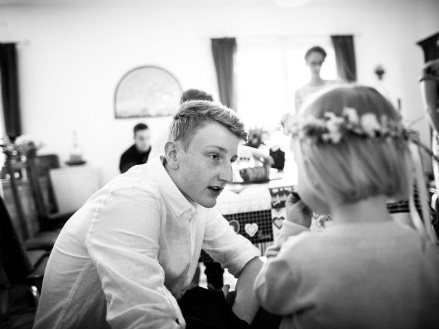 Le mariage de Ben et Clotilde à Steenwerck, Nord 24