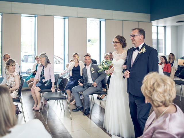 Le mariage de Ben et Clotilde à Steenwerck, Nord 28
