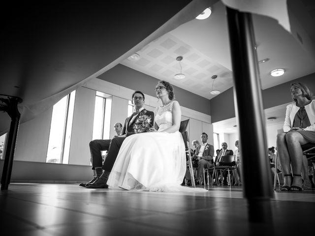 Le mariage de Ben et Clotilde à Steenwerck, Nord 30