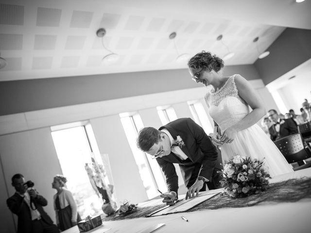 Le mariage de Ben et Clotilde à Steenwerck, Nord 35
