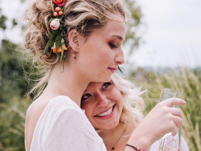 Le mariage de Elise et Myriam à Halluin, Nord 8