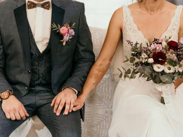 Le mariage de Elodie et Raphaël à Entrecasteaux, Var 37