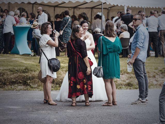 Le mariage de Aurélie et Christophe à Languidic, Morbihan 24