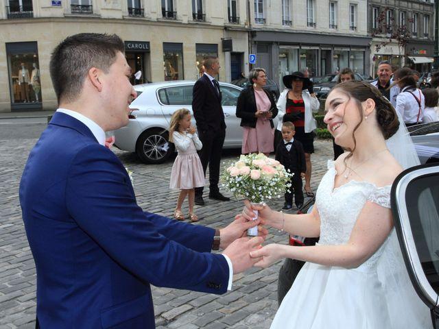 Le mariage de Alexis et Flora à Compiègne, Oise 9