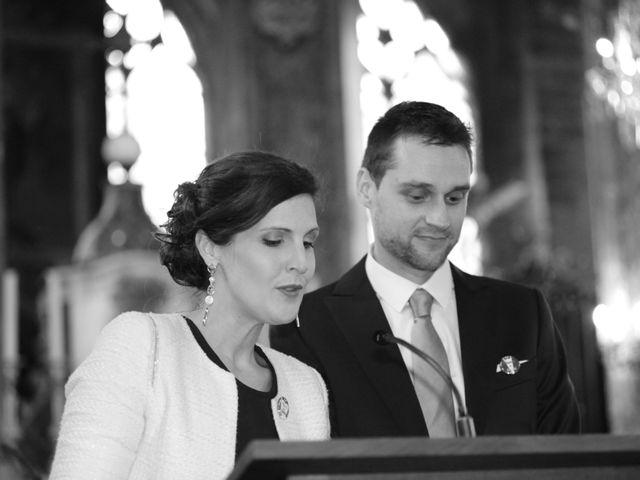 Le mariage de Alexis et Flora à Compiègne, Oise 15