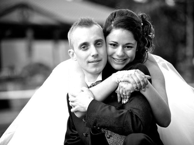 Le mariage de Adrien et Farah à Douai, Nord 1
