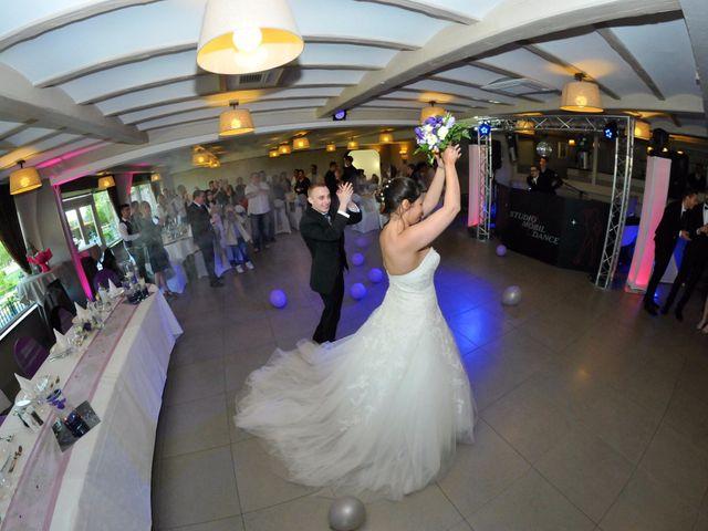 Le mariage de Adrien et Farah à Douai, Nord 40