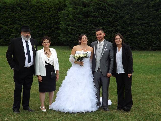 Le mariage de Valentin et Laura  à Saint-Lyé-la-Forêt, Loiret 16