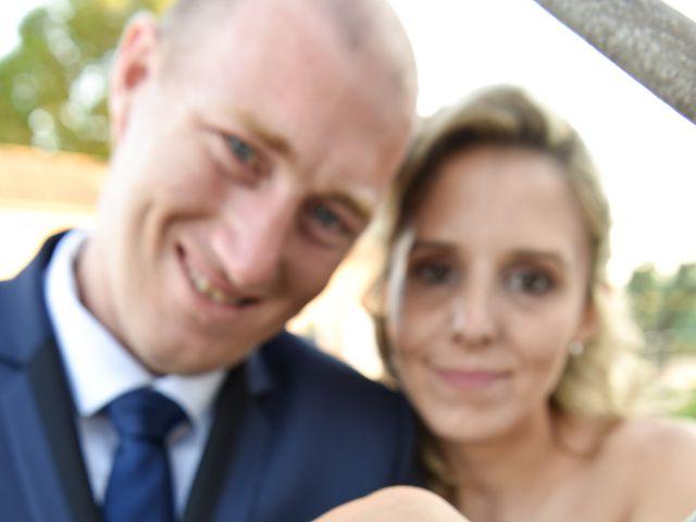 Le mariage de Jonathan et Pauline à Camaret-sur-Aigues, Vaucluse 24