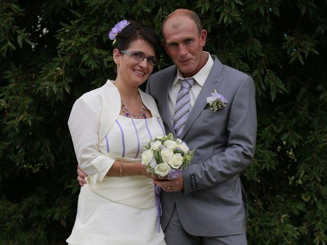 Le mariage de Cécile et Frédéric à Mirande, Gers 9