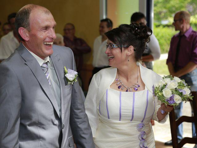 Le mariage de Cécile et Frédéric à Mirande, Gers 11
