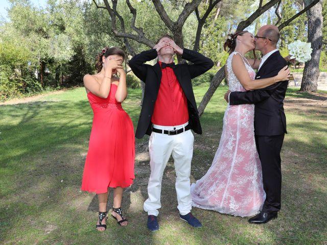 Le mariage de Christophe et Sandra à Vergèze, Gard 13