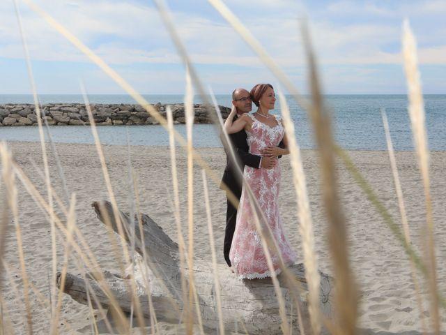Le mariage de Christophe et Sandra à Vergèze, Gard 24