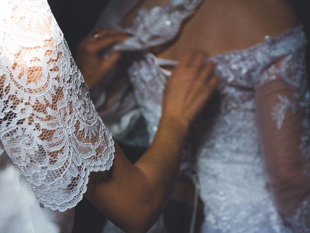 Le mariage de Karim et Sabria à Saint-Laurent-d'Oingt, Rhône 3