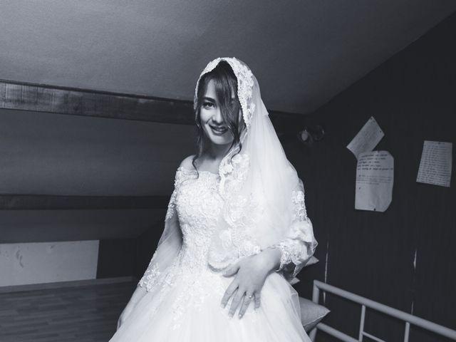 Le mariage de Karim et Sabria à Saint-Laurent-d'Oingt, Rhône 5